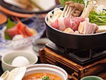 信州の味覚たっぷりの会席料理。ご夕食のイメージです。