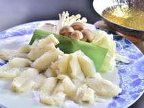 ◎梅肉霙ぽん酢で味わう、鱧しゃぶしゃぶ鍋