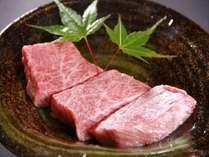 奈良のご当地牛、大和牛。柔らかな触感と上質な味わいは肉好きにはたまりません!