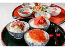 【朝食】朝は和洋食のバイキングです。