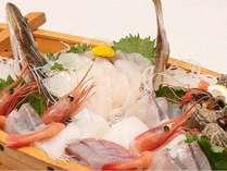 魚介類たっぷりの舟盛