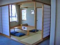 特別室は海の望める!広々した和洋室です