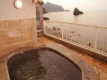 海を一望できる貸切露天風呂(貸切り専用)2時間¥4320~要予約!