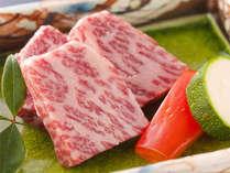 鎌倉時代からの名牛。指定農産家で安全かつ未経産雌牛のみと厳しい基準・管理された厳選ブランド大和牛。