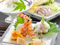 料理には特に心をこめて、季節感を大切にしています。