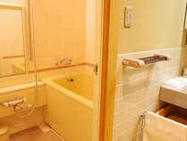 大浴場もございますが、お部屋のお風呂もございます★