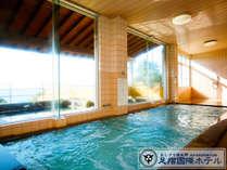 かの空海をも癒したとされる『名湯あしずり温泉』 天然ラドンの湯は、湯に浸かりつつ深呼吸するのが◎!