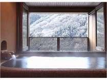 露天風呂付客室からの冬景色