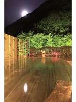 展望野天風呂「望渓の湯」夜