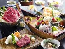 淡路島海上ホテルの御食国会席。新鮮なお造りと牛陶板焼きが同時に楽しめます
