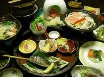 【夕食】四季の会席料理♪