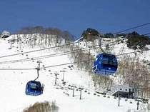 スキー・スノボを楽しむなら苗場のリフト券付きプランが超お得です!熱い冬を思いっきりを楽しもう♪