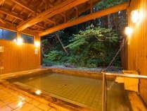 開放的な離れ露天風呂