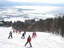 *当館目の前「猪苗代スキー場」のゲレンデです。