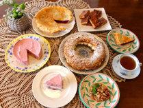 コース料理のデザートは日替わりで手作りケーキをご用意しています。