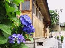 城下町飯坂温泉は町並み散策にも最適♪ホテルより徒歩5分「鯖湖湯」