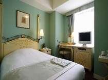 淡いカラーで統一された洒落たインテリアのお部屋,東京都,ホテルモントレ ラ・スールギンザ