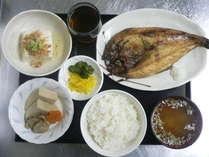 日替わり夕食一例*御飯・味噌汁は食べ放題(^0^)