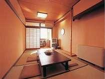 全室海側のお部屋からは、橘湾が一望できる。