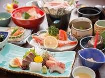 【旬魚のお刺身会席】その時期の旬魚を盛り合わせた料理です/一例