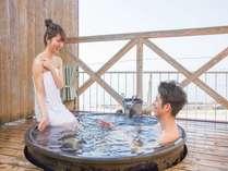 【屋上貸切露天】ふたりの距離も近づく湯船で海・空を眺めてくださいね。