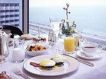 ■ながめのいい、最上階 サミットでの朝食 イメージ