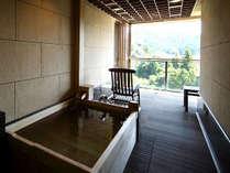 【芙蓉】かけ流し露天風呂付・和洋室
