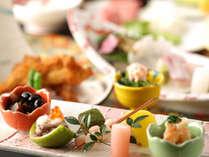 【食を愉しむ旅!春会席「春夜月」】旬の鰆に仙崎タコ、フグ唐揚など山口名物と鮑のおどり焼をご賞味