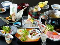夏会席「月舟」:仙崎鯛や仙崎イカ、など山口県の夏の味わいを少しつづ色々とご賞味くださいませ