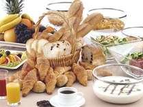 クチコミで好評価♪ホテル最上階のレストランで、松本平をながめながら地元食材たっぷりのご朝食をどうぞ!