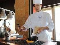 朝食バイキングは目の前で焼く手作りのオムレツがおすすめ!