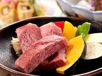 とろけるような美味しさのブランド牛「佐賀牛」は陶板焼でどうぞ