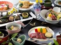 """とろける美味しさの""""佐賀牛""""は陶板焼で♪食材にこだわった春の佐賀牛付会席(写真は5/31までのお料理)"""