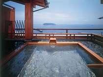 最上階絶景露天風呂「天海の湯・殿湯」正面ビュー