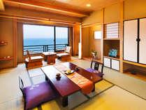 ◆スタンダード・和室10帖◆畳敷きが心地いい和室からは、空と海、青のコントラストが御覧いただけます