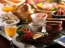 【夕食例】旬の恵みを目に舌に楽しめる♪季節感じる盛り付けです