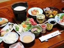 *【夕食一例】栄養士が作る素材の味を活かした月替わり会席