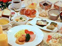 料理長手作りの、ビスタ自慢の朝食!