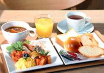 朝食:洋食盛り付け例