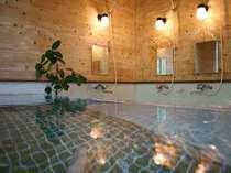オールド・ストリング  湯の小屋温泉のペンション