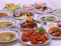 鮑、フカヒレ、つばめの巣等、一般的に中華料理で高級と称される食材を用いたコース(イメージ)