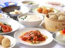 【重慶茶楼】小龍包・フカヒレ餃子・おこげ料理など、約60種類が90分食べ放題(宿泊プラン専用)