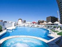 【夏季限定屋上プール】(7月1日~9月8日まで営業)ご宿泊の方は無料でご利用頂けます