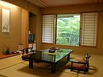 竹林を眺める 竹取亭和洋室