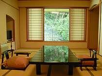 竹林を望む竹取亭和室(山側)