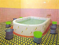 (お風呂)男女別浴場は17時~翌朝9時迄ご利用頂けます。