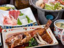 *【ご夕食一例】新鮮な海の幸中心のお料理をご賞味ください!