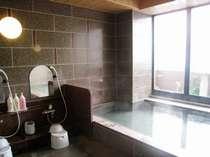 14階にございます男女別大浴場。晴れた朝は【岩木山】が見えます! 15:00~2:00/5:00~10:00