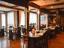*[レストラン]朝食は7:00~8:30、夕食は17:30~19:00となります。