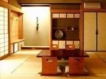 【和室10畳+3~6畳】 隅々まで意匠をこらした和室で、ゆったりと御寛ぎください。